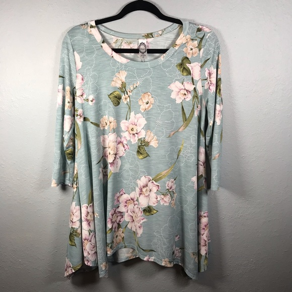 Honeyme floral tunic dress size small